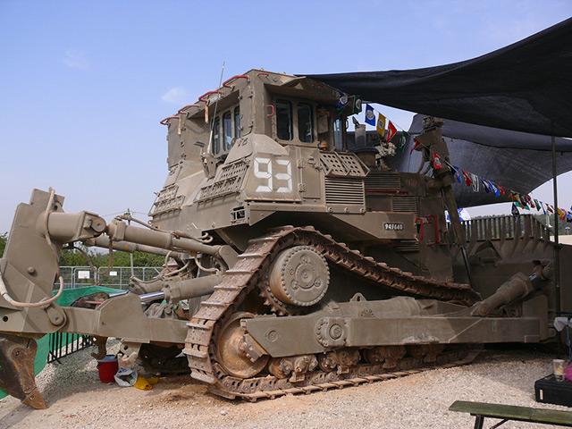 Military bulldozer